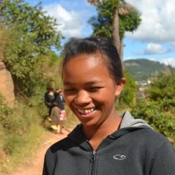 Razananirina Marie Viviane aus Antanetibe, Universitätsstipendium