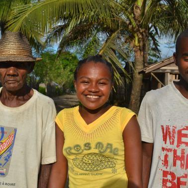 Rahantanirina Lydia Fransinette ist überglücklich. Sie wächst bei ihrem Grossvater auf, der sie nicht aufs Gymi hätte schicken können.