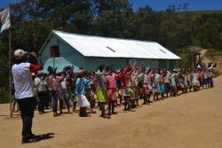 Die SchülerInnen von Iavomanitra haben diverse Darbietungen einstudiert