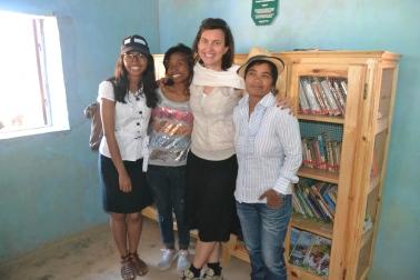 Das Team von Miray Fair Shop auf diesem Einsatz: (vlnr) Rova, Narindra, Martina, Bija - Frauenpower!